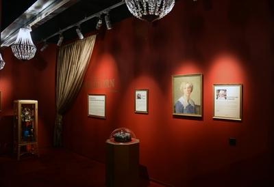 Vy över utställningen Guldkorn på Flygvapenmuseum 2014