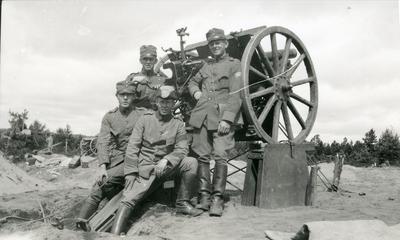 Kanon m/1902. 7,5 cm. Skjutning med övergrader.