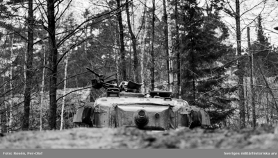 Stridsvagn 101 Centurion i eldställning.  Milregnr: 345 (troligen)