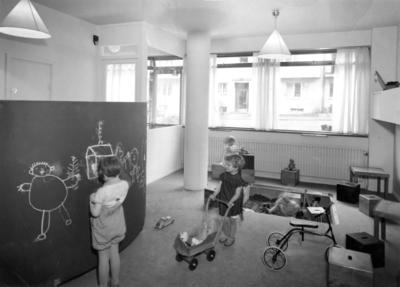 Kollektivhuset på John Ericssonsgatan Interiör, lekrum med barn