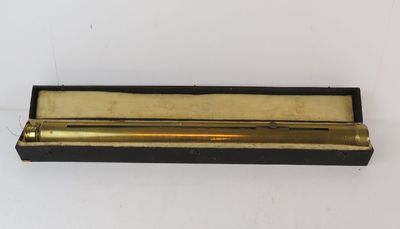 Micrometerkijker met verschuifbare tussenlens in doos