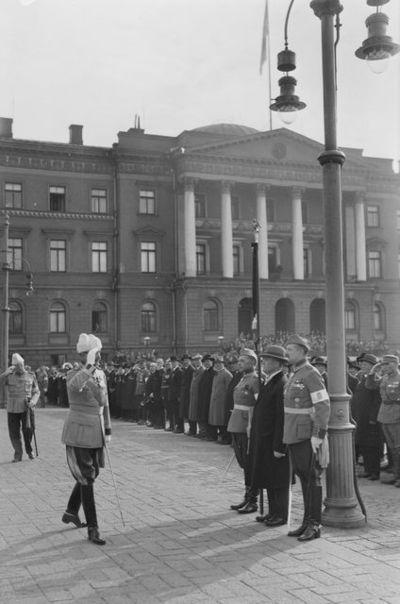 Henkikaartin 3. suomalainen tarkk'ampujapataljoonan eli Suomen Vanhan Kaartin 120-vuotisjuhlat