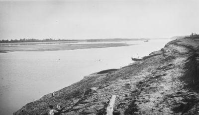 Ob-joen rantaa lähellä Kolôminaa