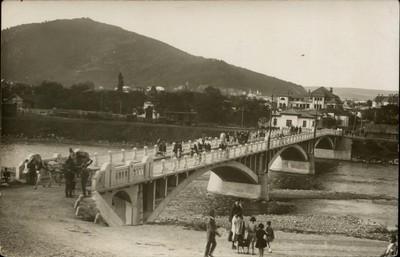 Piatra Neamţ. Podul peste Bistriţa