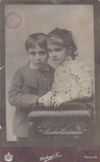 Aurel jr. și Valeria Isac
