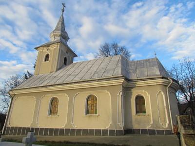 Biserica ortodoxa din Huseni