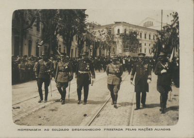 Homenagem ao soldado desconhecido prestada pelas Nações Aliadas: [Guerra 1914-1919]