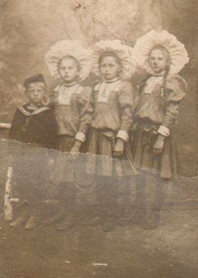 Children's group portrait