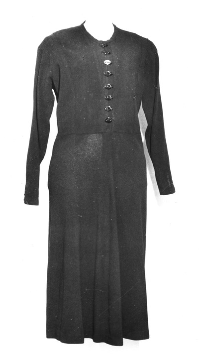 Dress, worn by Osta Roš from Belgrade.