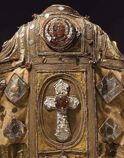 Stage costume  for Papa Innocenzo III per Fratello Sole Sorella Luna