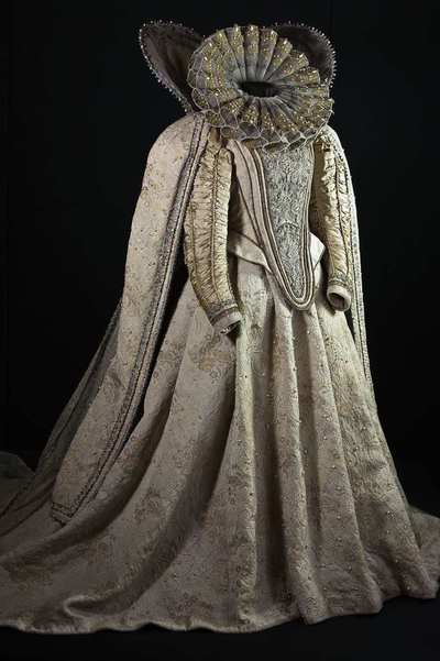 Stage costume  for Elisabetta I per Maria Stuarda