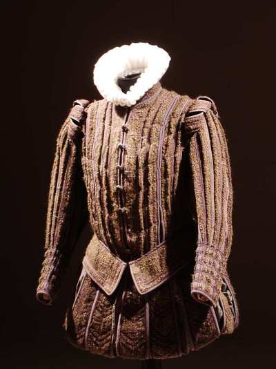 Stage costume  for Mortimer per Maria Stuarda