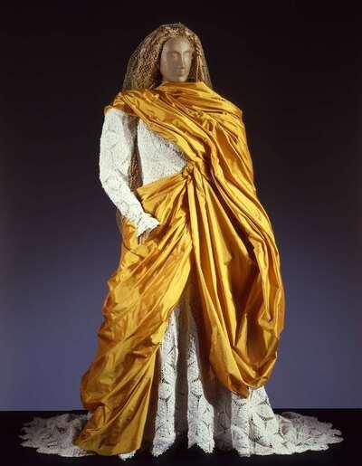 Costume teatrale (Isolde).