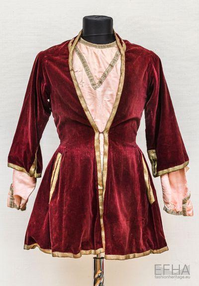 Georgian traditional coat Kulaja of Joseb Jandieri.