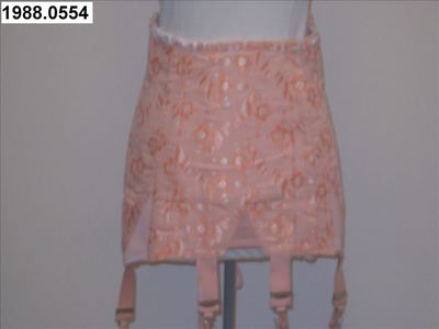 Corset in roze katoen met machinaal bloemenborduurwerk