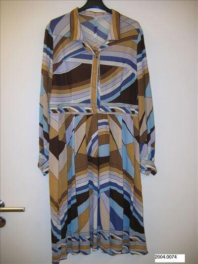 Jurk in bruine, beige, okere, ecrukleurige, mauvekleurige en lichtblauwe tricot