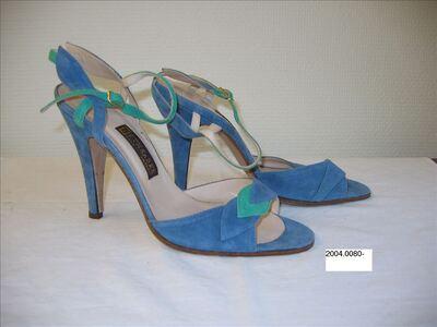 Open schoenen in lichtblauwe suède