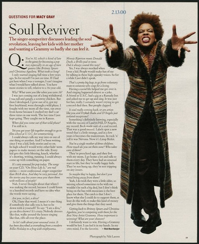 Archivio Missoni - Singer Macy Gray in long wool Cardigan by Missoni