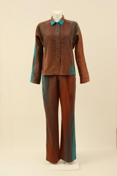 Ensemble (blouse trousers)