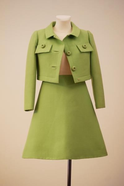 Ensemble (jacket, dress)
