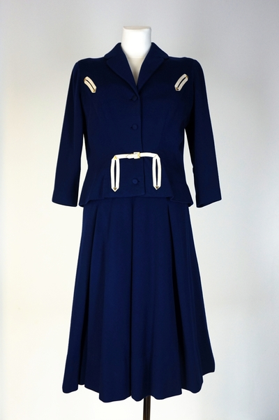 Skirtsuit
