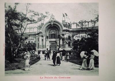 Postcard, Le Palais du costume 1900
