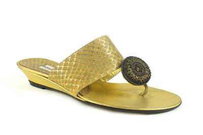 whips laminato oro e capretto laminato oro con ornamento di perline /gold laminated whips and gold laminated kid with beads ornament