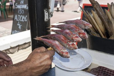 Espeto de salmonetes