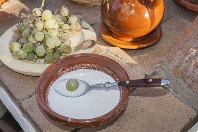 Ajoblanco malagueño con uva Moscatel