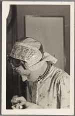 Vrouw in Westfriese klederdracht