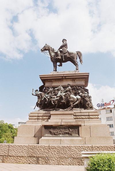 Паметник на освободителите (Памятник освободителям)