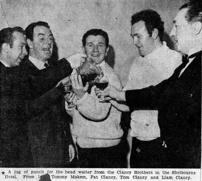 Clancy Brothers and Tommy Makem, group, Dublin 1964