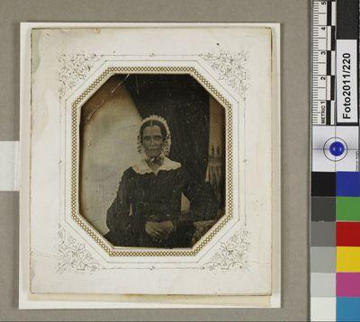 Porträt einer Frau: Justine Mayerhöfer-Drosendorf (?), Großmutter Josef Maria Eders