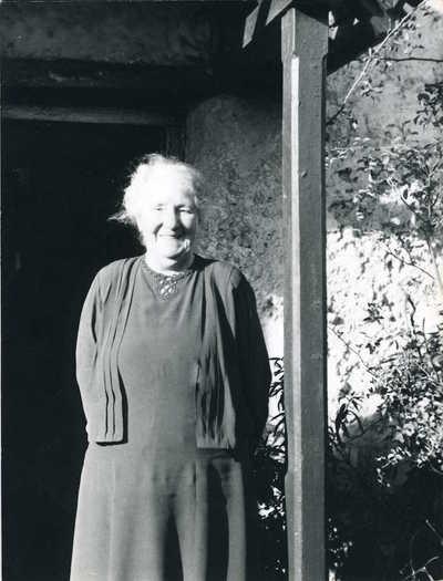 Mrs Rumble (Aunt Fanny). Tilshead, Shrewton, Wiltshire, England, 1954