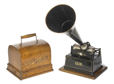 Edison Gem (later Model A) phonograph: bentwood lid