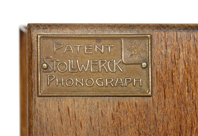 Stollwerck toy gramophone: name plate