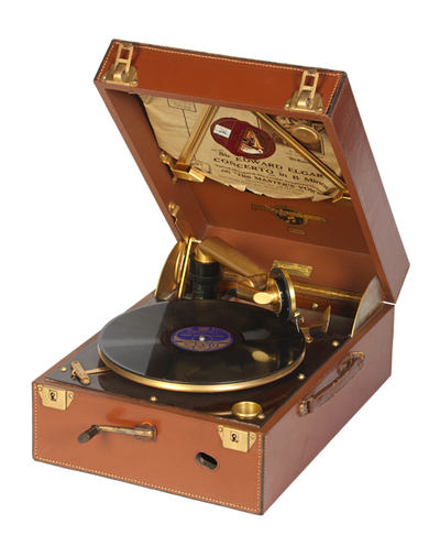 Columbia Model 111GP luxury portable gramophone