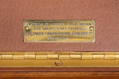 Columbia Model 111GP luxury portable gramophone: patent plate