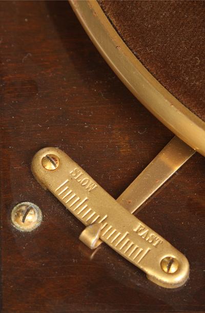 Columbia Model 111GP luxury portable gramophone: speed control