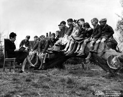Emigrant children
