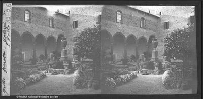 Grotta Ferrata. Galerie de S. Gallo