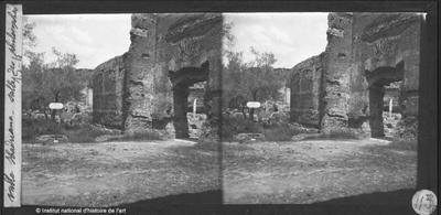[Tivoli] Villa Hadriana. Salle de philosophes