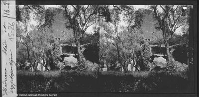 [Tivoli. Villa] Hadriana ; stade et cryptoportique