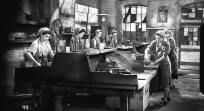 Standfotó a Szabóné című filmből - Film still of Szabóbé feature film