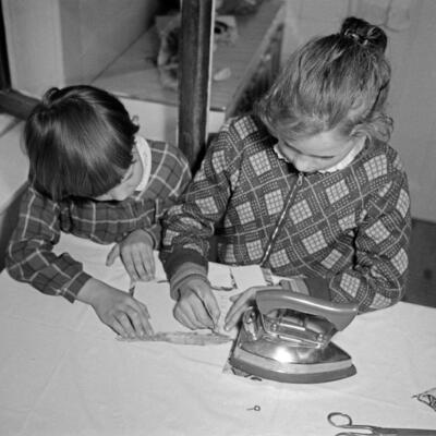 Wir schneidern Puppenkleider