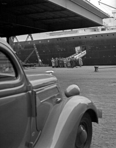 Ford Verkäufer fahren nach Amerika