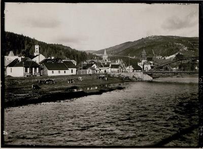Dorna Watra, Blick vom rechten Ufer der Dorna.