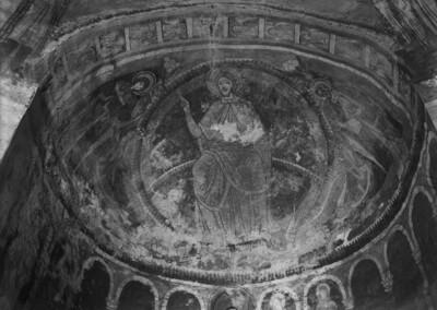 Christus als Pantokrator zwischen Maria, Johannes und Engeln