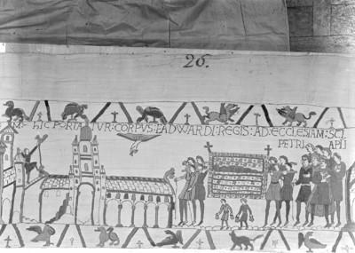 Der Teppich von Bayeux — 24. Szene: Die Beisetzung König Edwards