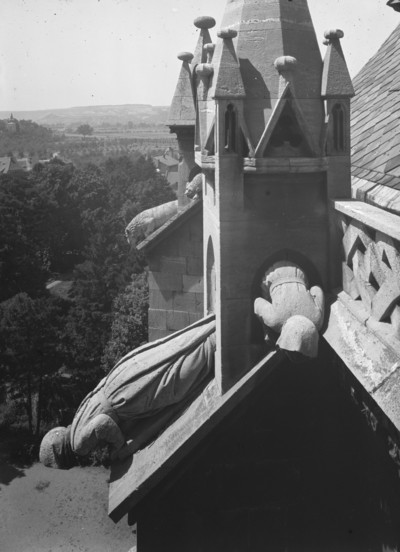Wasserspeier am Westchor — Drei Mönche